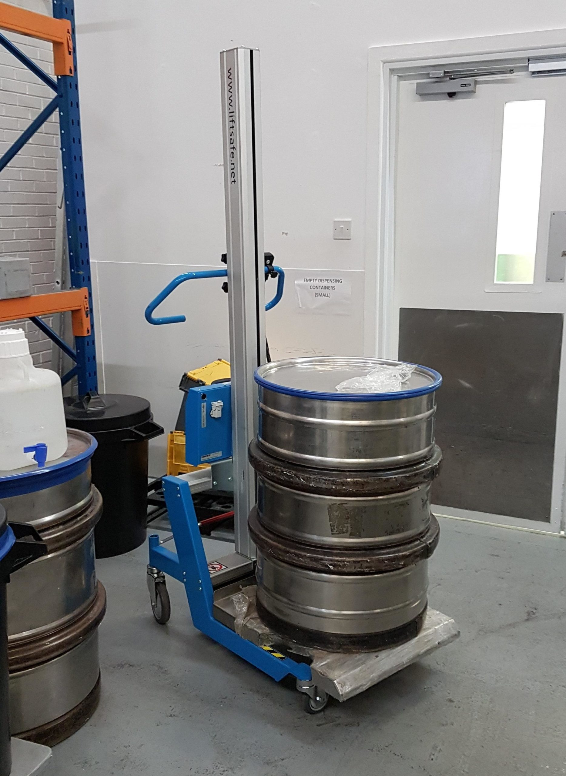 World Renowned Pharmaceutical Manufacturer Has Demonstration Of Lift Safe Electric Lifter