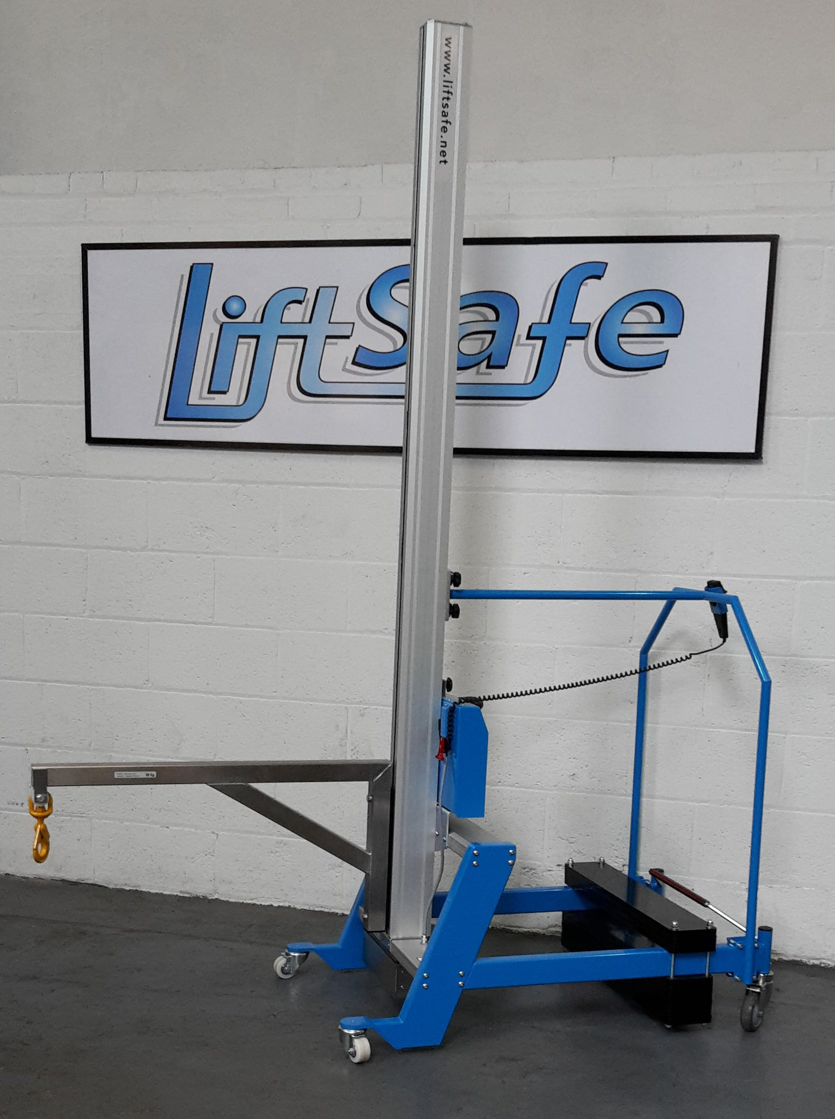Lift Safe Deliver Lifting Equipment To Williams Grand Prix Engineering