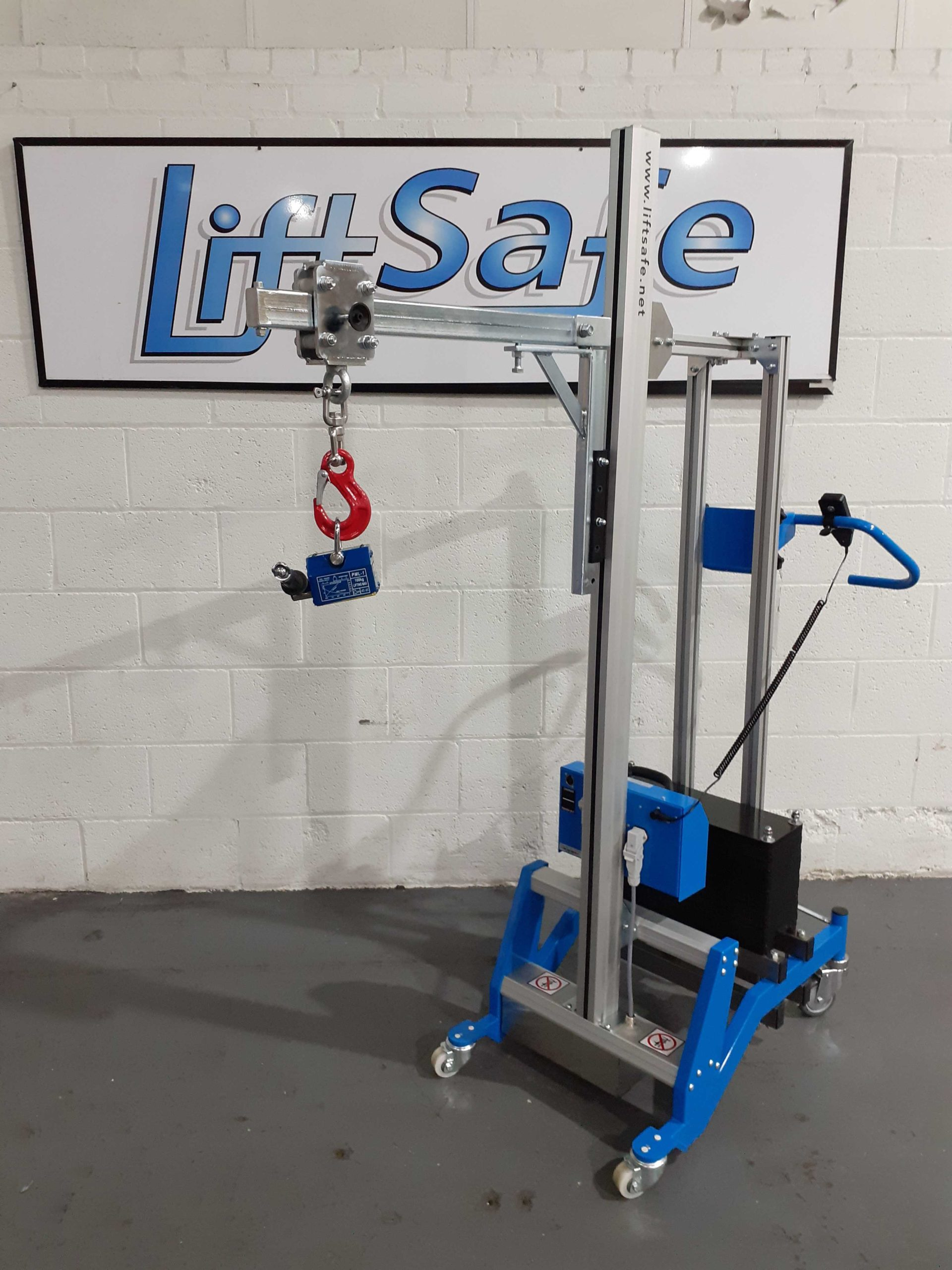 LSM 130 Counterbalance Lifter Supplied To Leading Pharmaceutical Company